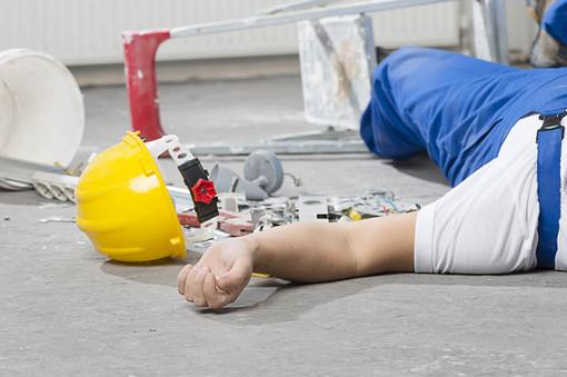 Infortunio sul lavoro, crescono le morti bianche in italia