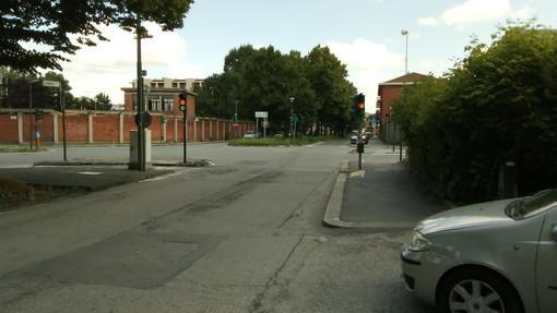 Dopo dieci giorni, tornato in funzione il semaforo di via Plava a Torino