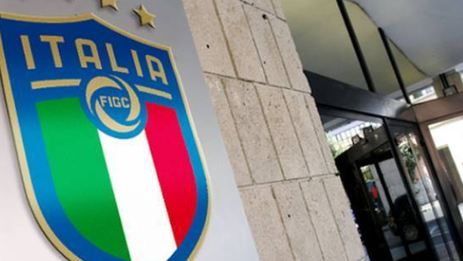PAZZESCO, ALTRO RINVIO PER IL CONSIGLIO FIGC - Calcio, non si decide ancora