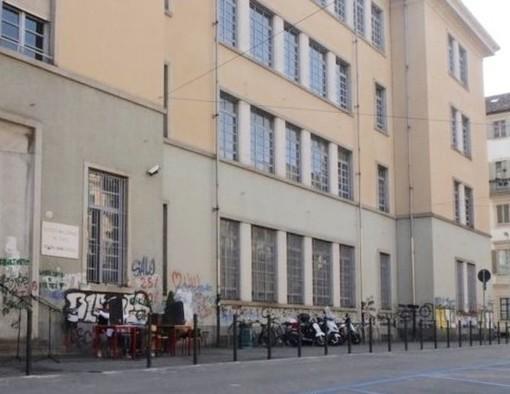"""Il Comitato Priorità alla Scuola scrive a Cirio: """"Se siamo in zona rossa chiudere tutto"""""""
