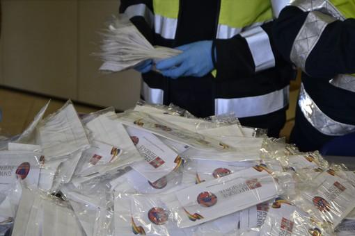 Nichelino, al via la consegna delle mascherine da parte della Protezione civile
