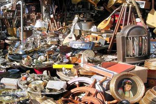 Covid, a Torino anche gli artigiani potranno allargare gratis i banchetti in strada