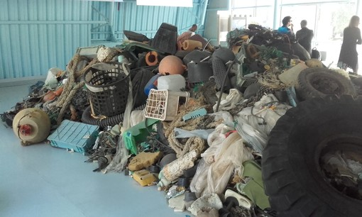Al MAcA di Torino la prima mostra sull'inquinamento marino da plastica (FOTO)