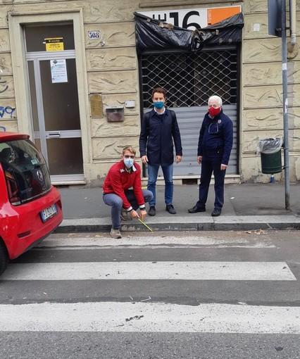 """""""Rendete accessibili quei marciapiedi"""": barriere architettoniche in borgata Parella"""