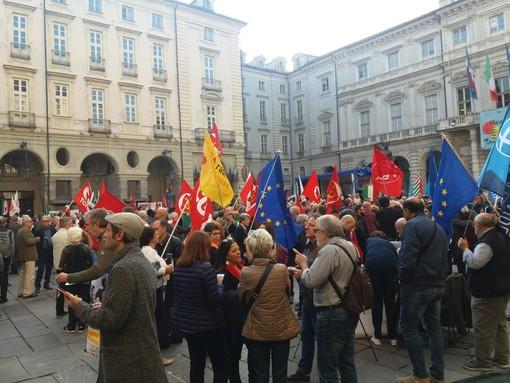"""La manifestazione """"Mai più fascismi"""" lo scorso ottobre in piazza Palazzo di Città, a Torino"""