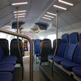 Dal 10 luglio ok al pieno carico sulle linee extraurbane del trasporto. Dal 9 riaprono sale da ballo e discoteche all'aperto