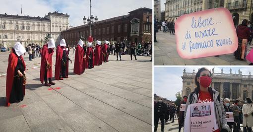 La manifestazione in piazza Castello, a Torino