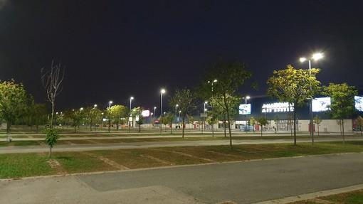 I centri commerciali di Settimo chiusi