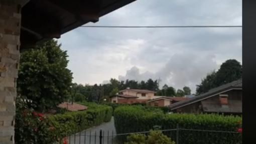 Nell'immagine un fotogramma del video pubblicato sui social da alcuni residenti della zona