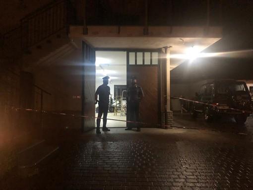 Tragedia nella notte a Rivara: operaio di 47 anni spara al figlio di 11 e poi si uccide [FOTO e VIDEO]