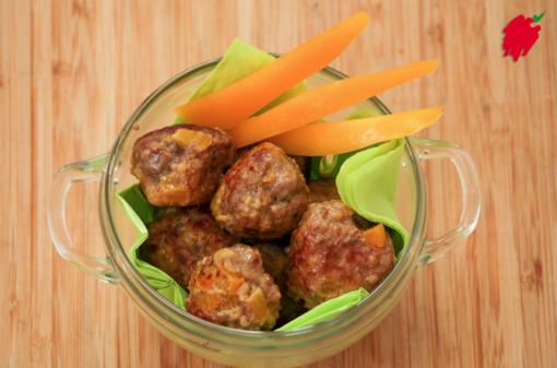 Felici e Veloci, le nuove (video)ricette di Fata Zucchina. Oggi polpette di carne e peperone