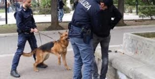 Arrestato pusher di 24 anni in via XX Settembre
