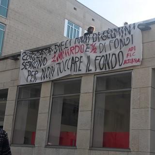 Inaugurazione anno accademico Politecnico di Torino, protesta degli studenti