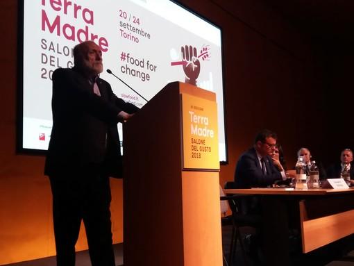 """Petrini al Salone del Gusto: """"Il cibo è una sfida globale, non significa solo Made in Italy"""" (VIDEO)"""