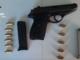 Minaccia noleggiatore di auto con una pistola: arrestato dai carabinieri