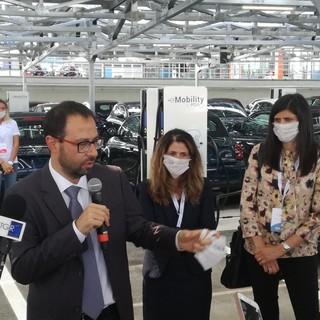 """Patuanelli sul futuro di Torino: """"Motore del salto quantico verso l'innovazione"""""""