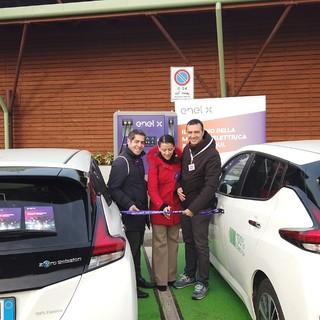 """Mobilità elettrica: a Nichelino si """"accendono"""" due nuovi punti di ricarica"""