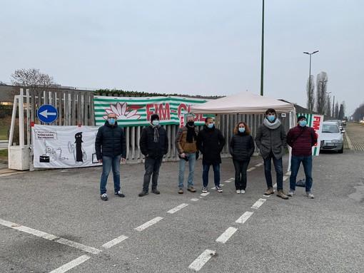 Pininfarina Engineering, scattato il presidio permanente davanti ai cancelli [FOTO]
