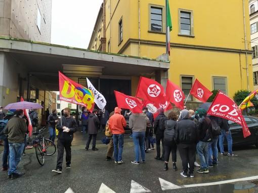 manifestazione di sindacati di base e sinistra
