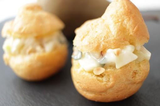 Felici e Veloci: le nuove (video) ricette di Fata Zucchina. Oggi prepariamo i pera rolls