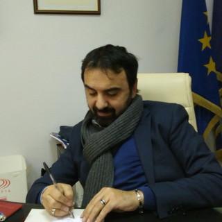 """Moncalieri, appello telefonico del sindaco Montagna: """"Restate a casa, ogni giorno dieci nuovi casi"""""""