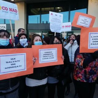 Ex Auchan, presidio in corso Romania per tutelare tutti i lavoratori coinvolti nel passaggio a Conad [FOTO]
