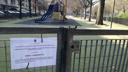 Parchi giochi e impianti sportivi all'aperto, oggi ultimo giorno prima dello stop: ma il pienone non c'è