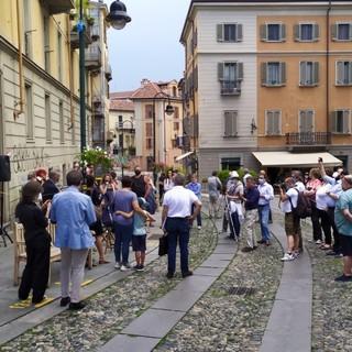 A Torino il primo tratto di via Borgo Dora diventa pedonale (VIDEO)