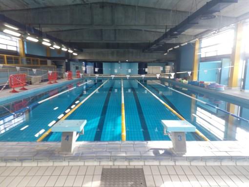 Lunedì riapre la piscina comunale di Ivrea