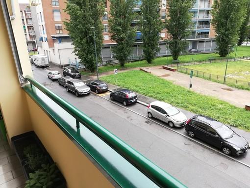 Parella, parcheggio selvaggio in via Angelo Mosso