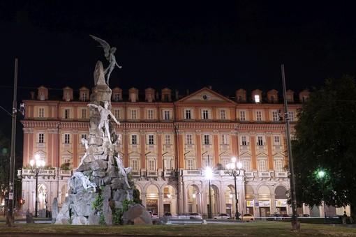 """Nuova illuminazione architettonica più """"green"""" per piazza Statuto"""