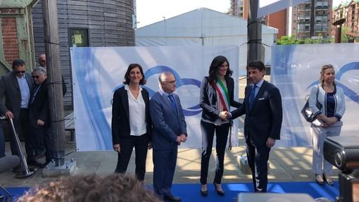 Stop dal 2024 ai riscaldamenti a gasolio e meno velocità sulle autostrade vicino alla città: siglato a Torino il protocollo contro lo smog