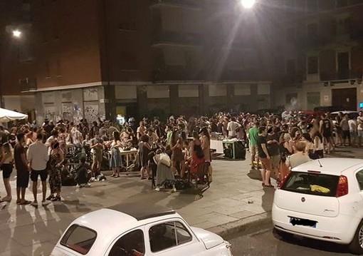 """Ordinanza anti """"movida"""", stop agli assembramenti dalle 22.30: multe fino a 1.000 euro per i trasgressori"""