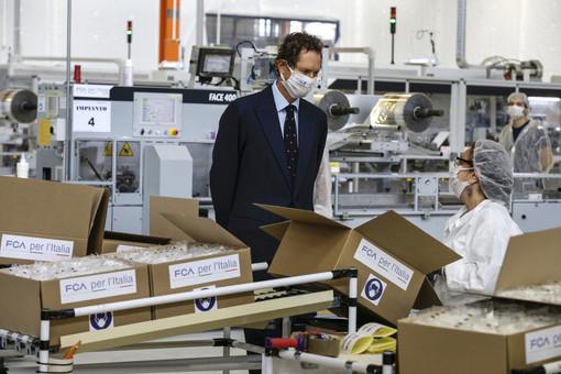 Non solo la piena occupazione, Fca festeggia anche i 100 milioni di mascherine prodotte