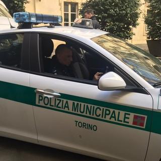 Incidente in corso Grosseto: due auto si scontrano all'incrocio, entrambi i guidatori in ospedale in condizioni gravi