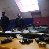 Il sequestro di armi e di droga