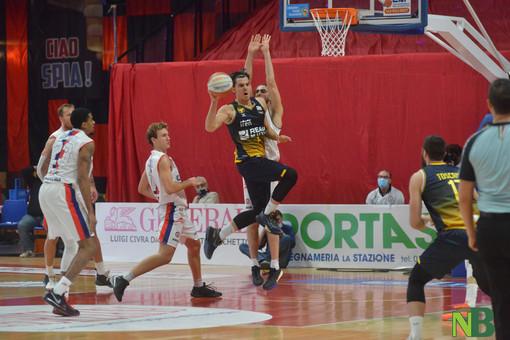 Allenamento congiunto tra Reale Mutua Basket Torino e Unahotels Reggio Emilia