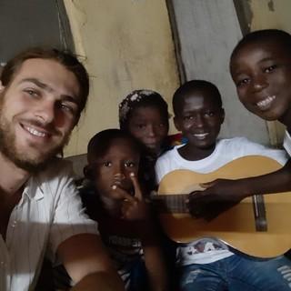 """""""La nostra speranza è la forza degli africani"""": un volontario albese della Communauté Abel racconta l'arrivo del Covid-19 in Costa d'Avorio"""