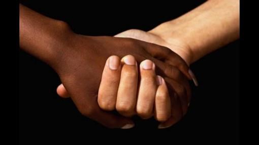 """Giocatrice di basket a Moncalieri insultata per il colore della pelle: """"In Italia esiste il razzismo"""""""