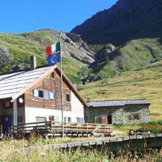 Frana sopra il rifugio Scarfiotti a Rochemolles: ridotta l'area vietata a mezzi e persone