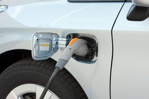 Torino si dà alla batteria per tornare a dettare il ritmo quando si parla di automotive: a Mirafiori nasce il Battery hub