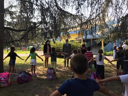 """Primo giorno di scuola, Di Martino alle famiglie: """"Affrontiamo l'anno con serenità e spirito di collaborazione"""" [VIDEO e FOTO]"""
