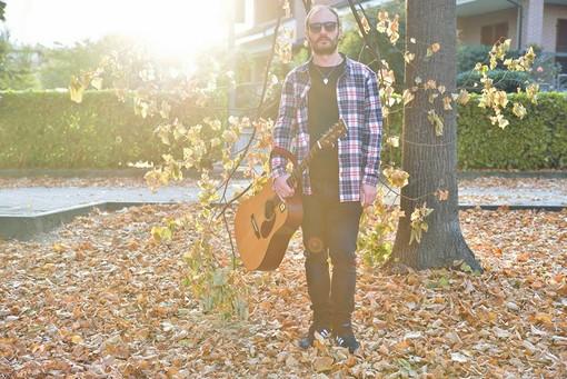Stefano Turolla: scrivo le mie canzoni per soddisfare un'esigenza interiore di esprimermi