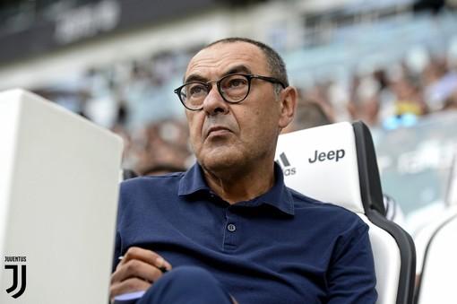 Juve, ora è ufficiale: Sarri esonerato. Fatale l'eliminazione dalla Champions League