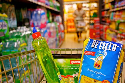 Coronavirus: prezzi del supermarket aumentati del 200%, denunciato titolare a Lanzo Torinese