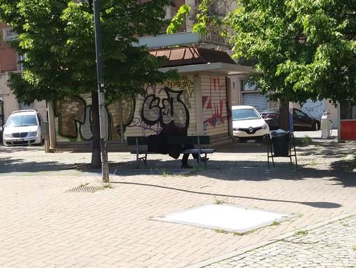 """Torino, tornano i senzatetto in Piazza Risorgimento. La Circoscrizione 4: """"Nessun rischio sanitario legato al coronavirus"""""""