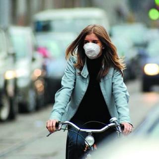 L'anno nuovo non porta aria pulita: da domani scatta il blocco ai diesel Euro4 a Torino e nei Comuni vicini