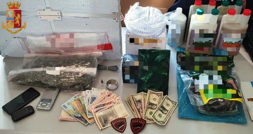 soldi e droga recuperati dalla Polizia