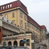 Venerdì forze dell'ordine e Protezione civile di Moncalieri renderanno omaggio ai sanitari del Santa Croce