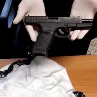 Moncalieri, stupratore di prostitute arrestato dai carabinieri: le minacciava con una pistola o un coltello [VIDEO]